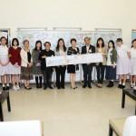 在開幕禮中,一眾嘉賓、校監、參與計劃的老師及同學留影